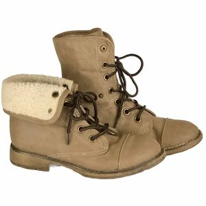 DIRTY LAUNDRY Raeven Tan Fold-Over Booties SZ-6